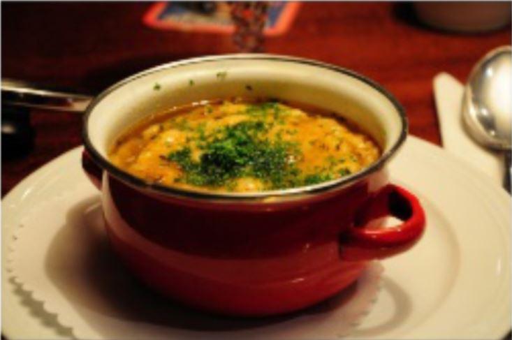 Zupa cebulowa z konopi